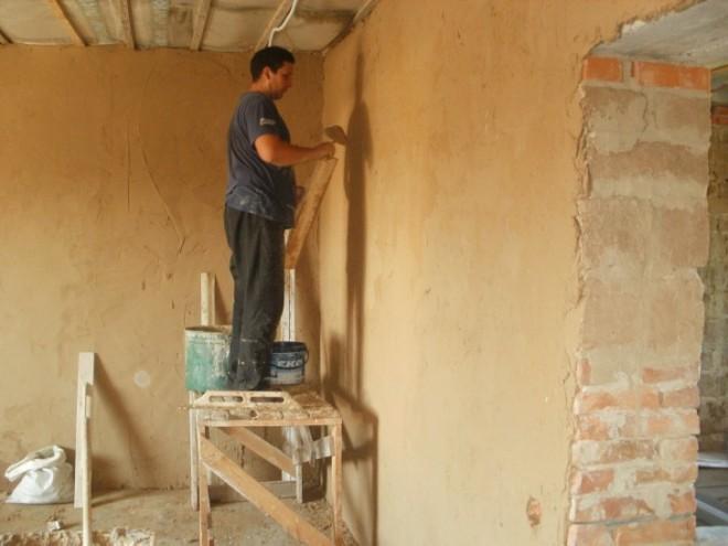Выравнивание стен в старых домах
